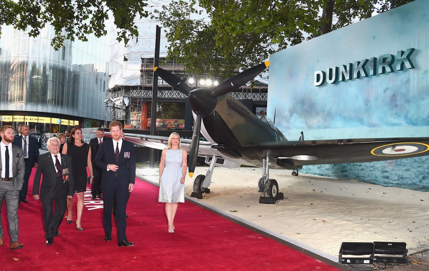 Critics give glowing reviews as Dunkirk receives top movie ratings
