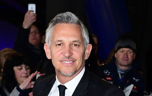 Gary Lineker feigns outrage at Chris Evans' higher wage
