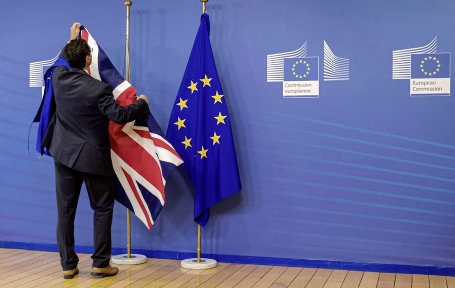 Failure to agree Brexit deal would cause 'economic disaster', report warns