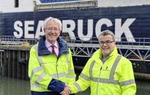 Warrenpoint Harbour in new 10-year deal with Seatruck Ferries