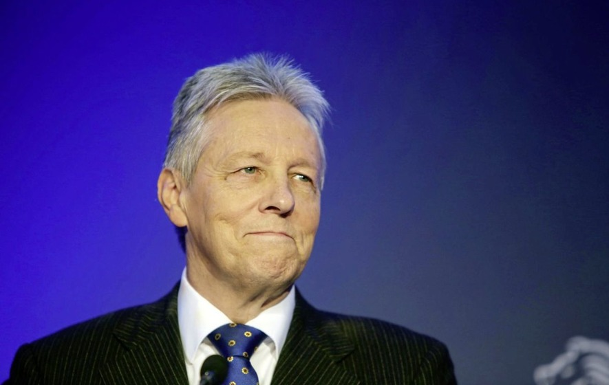 Analysis: It's difficult to tell whether Peter Robinson is having a go at his successor or flying a flag on her behalf