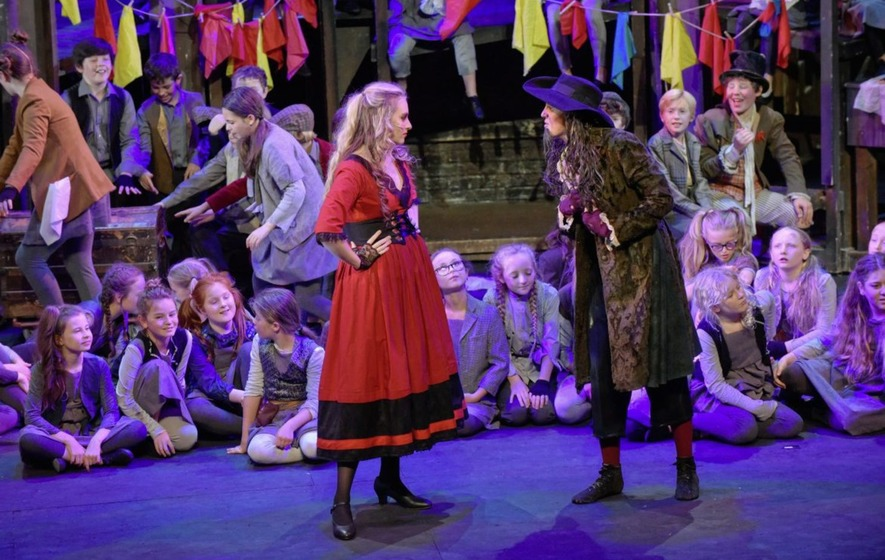 Review: Oliver! an infectiously upbeat two hours' entertainment