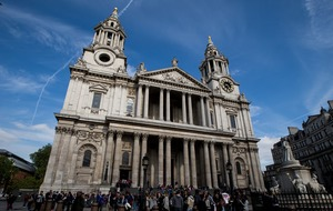 St Paul's marks Twitter milestone by melting hearts with insight into cathedral life