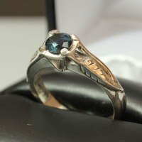This guy made his fiancee's engagement ring from scratch and it'll give you all the feels
