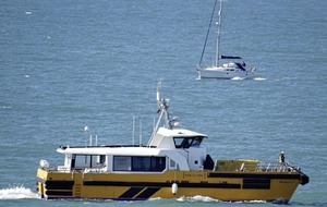 Man dies and two more feared dead after boat sinks off south coast of England