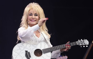 Dolly Parton pays heartfelt tribute to 'greatest musician' Glen Campbell