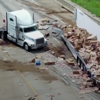 Hundreds of pizzas spilled onto a motorway in Arkansas – but hungry commuters are out of luck