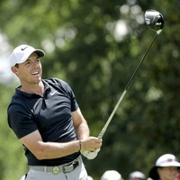 Rory McIlroy and Jordan Spieth five off the lead at US PGA Championship