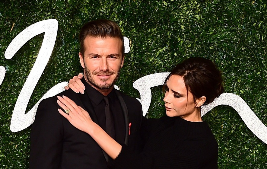 The Beckhams crash the 'Modern Family' set -- see the wonderful pic