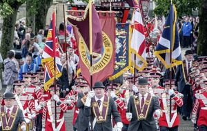 Dissident protest to coincide with Apprentice Boys parade