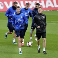 Manchester City make £18m bid for Jonny Evans