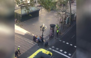 Barcelona: Fatalities after van crashes into pedestrians on La Rambla