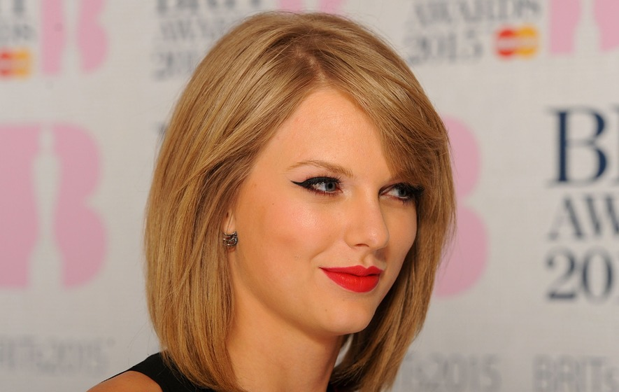 Taylor Swift Just Deleted All of Her Instagram Photos