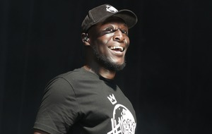 Stormzy shares excitement with Ellie Goulding ahead of V Festival