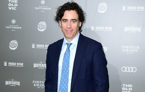 Stephen Mangan to play therapist in new comedy