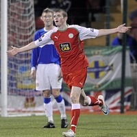 Rory Donnelly rejoins Cliftonville on three-year deal