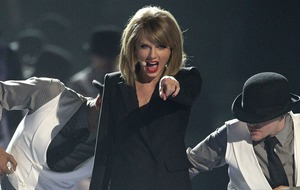 Taylor Swift's comeback single shakes off chart competition for top spot