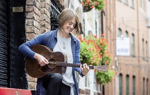 Trad/roots: Karine Polwart takes acclaimed show Wind Resistance to Belfast