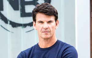 Corrie's Robert Preston in handcuffs after defending Michelle Connor