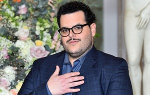 Josh Gad thanks Kristen Bell for helping his parents during Hurricane Irma