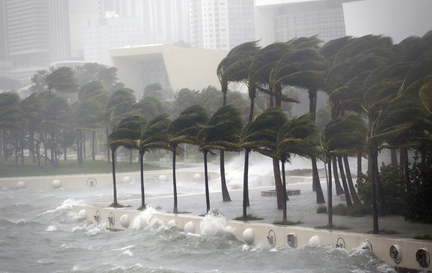Monster storm approaches Florida; more than 5mn told to flee coast