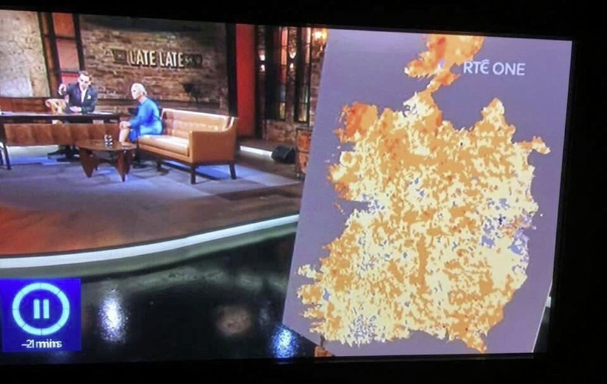 Show Map Of Ireland.Rte Sorry For Cutting 6 Counties Out Of Map Of Ireland On Late Late