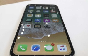 iPhone X: A first look at Apple's £1,000 flagship phone