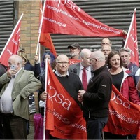 Politicians and union unite in protest against threat to Probation staff