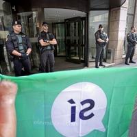 Catalan leader Carles Puigdemont brands Spanish attitude to referendum totalitarian