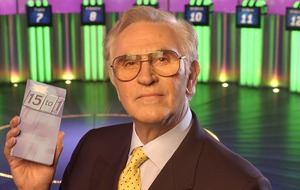 Fifteen To One presenter William G Stewart dies at 84