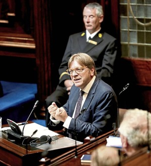 Guy Verhofstadt defends EU identity after Boris Johnson attack in Dáil