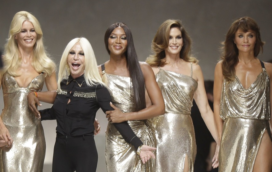 Original supermodels reunite for Versace show in memory of designer Gianni