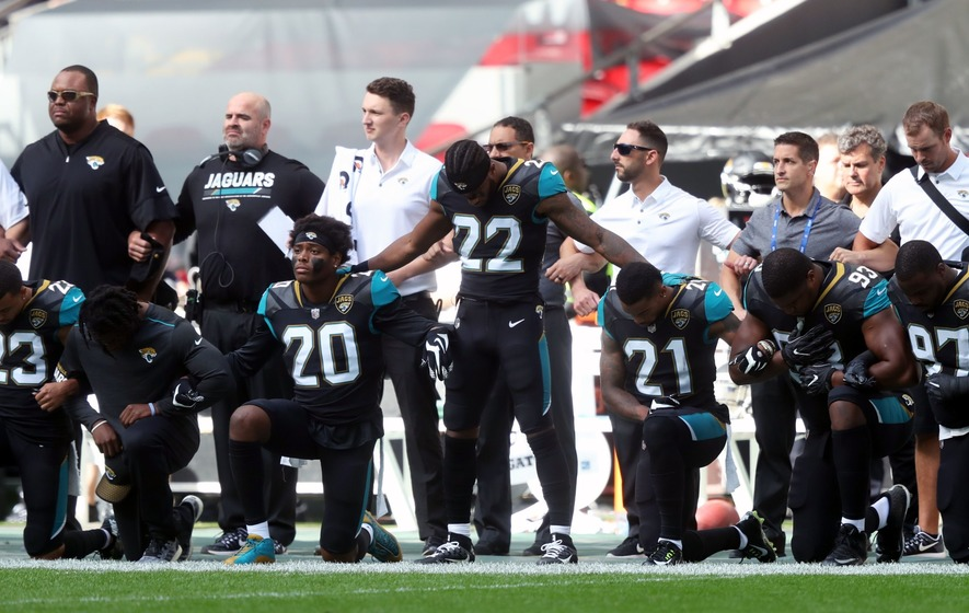 The NFL saw mass protests over the weekend following comments from US  President Donald Trump. 988911bd2