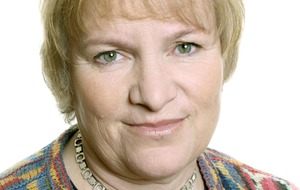 Libby Purves criticises BBC's 'lacklustre' approach to theatre