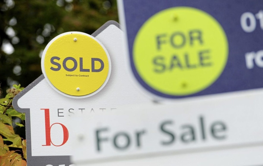 London house prices decline for first time in eight years