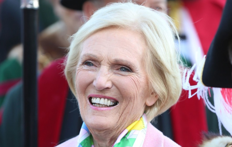 The Great British Bake Off viewers devastated over 'injustice' of Julia's departure