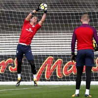 Here's how England's goalkeepers prepared for Slovenia