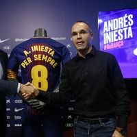 #ForeverIniesta: How social media reacted to Iniesta's lifetime Barcelona contract