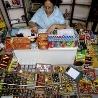 Indian court bans sale of fireworks in New Delhi in bid curb deadly air pollution