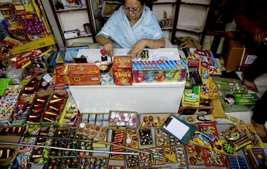 SC order on ban on sale of firecrackers draws mixed reactions