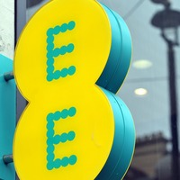 EE outage leaves users unable to make or receive voice calls