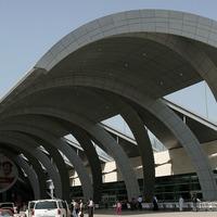 Hi-tech facial recognition security will be hidden inside virtual aquariums at Dubai Airport