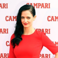Harvey Weinstein threatened to destroy Eva Green's career, her mother claims