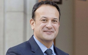 Taoiseach Leo Varadkar 'very confident' hard Brexit will be avoided