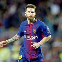 Lionel Messi hits his 100th Euro goal in Barcelona victory