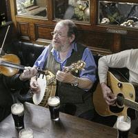 Irish musician Eamonn Campbell described as a 'true legend' following his death