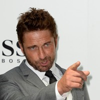 Gerard Butler: I was taken to hospital after injecting venom of 23 bee stings