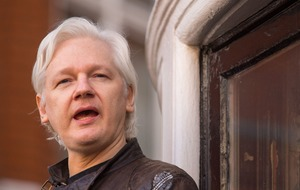 Julian Assange shared a 'male secret' on Twitter, so men have responded with some of their own