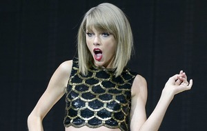 'Naked' Taylor Swift sends fans wild in music video preview