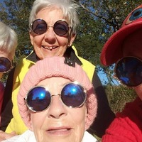 This guy gave his grandmother trendy sunglasses and now all her friends own a pair too